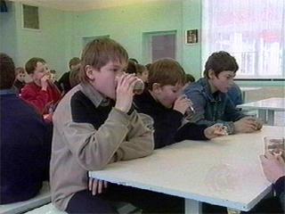 Здоровье школьников проверят осенью